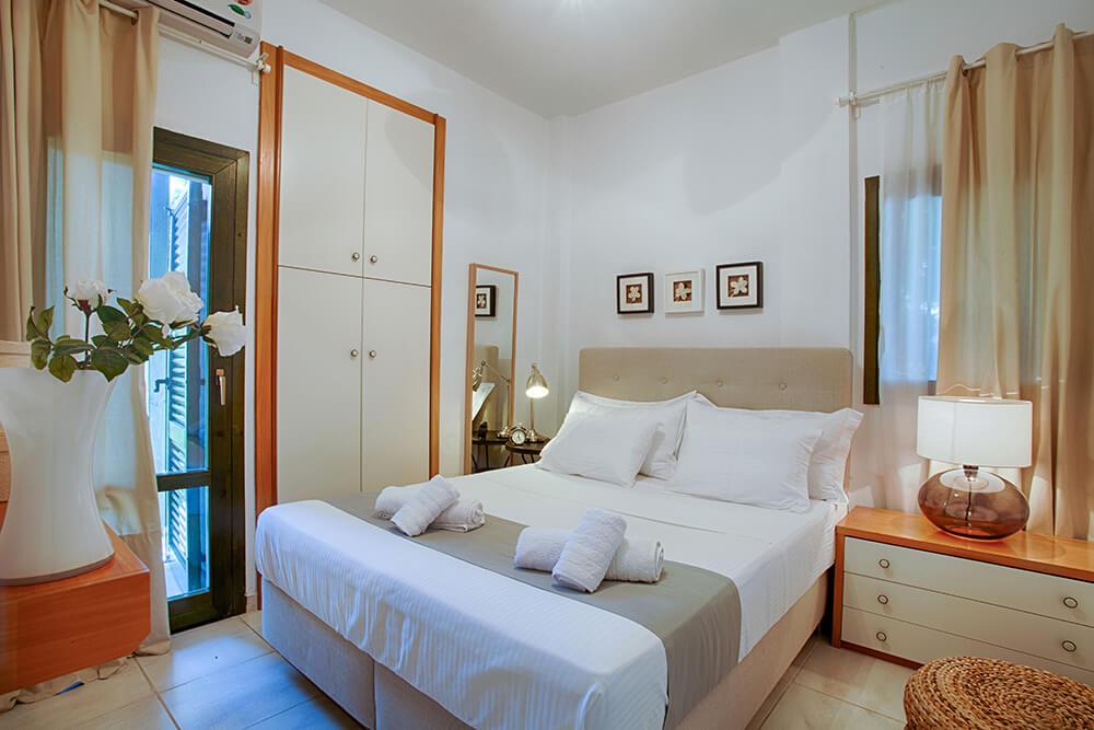 Fisrt Bedroom Double bed